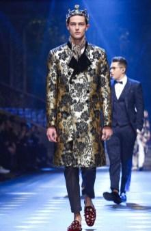 dolce-gabbana-menswear-fall-winter-2017-milan83