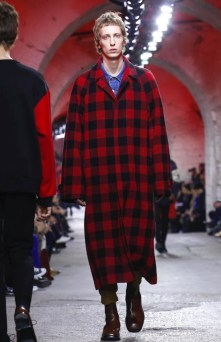 dries-van-noten-menswear-fall-winter-2017-paris10