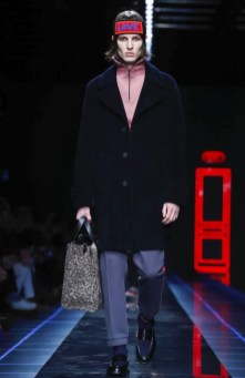fendi-menswear-fall-winter-2017-milan30