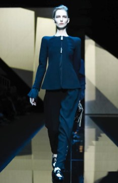 giorgio-armani-menswear-fall-winter-2017-milan35