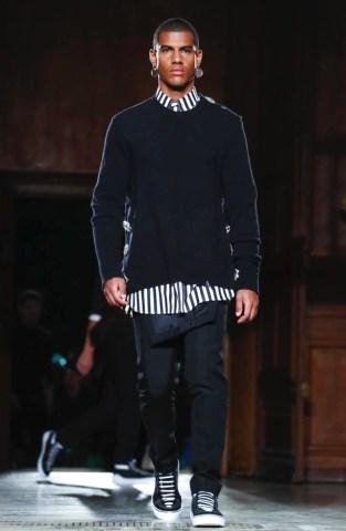 givenchy-menswear-fall-winter-2017-paris57