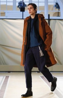 lemaire-menswear-fall-winter-2017-paris16