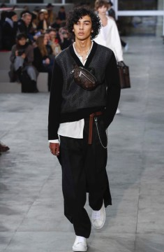 louis-vuitton-menswear-fall-winter-2017-paris24