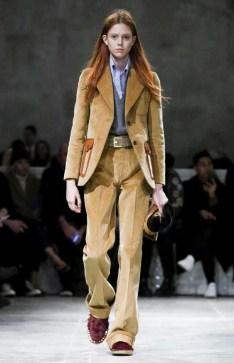 prada-menswear-fall-winter-2017-milan23
