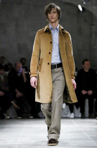 prada-menswear-fall-winter-2017-milan30