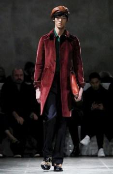 prada-menswear-fall-winter-2017-milan8