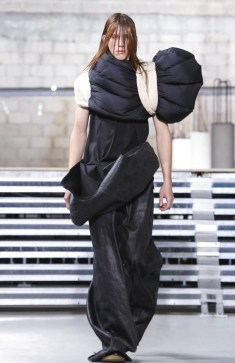 rick-owens-menswear-fall-winter-2017-paris22
