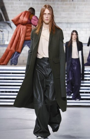 rick-owens-menswear-fall-winter-2017-paris8