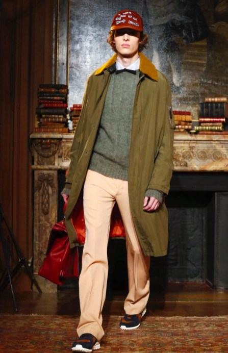 valentino-menswear-fall-winter-2017-paris25