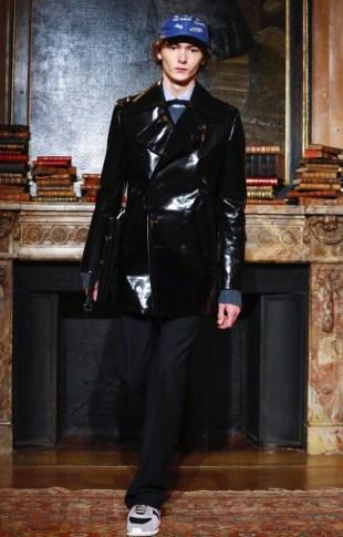valentino-menswear-fall-winter-2017-paris6