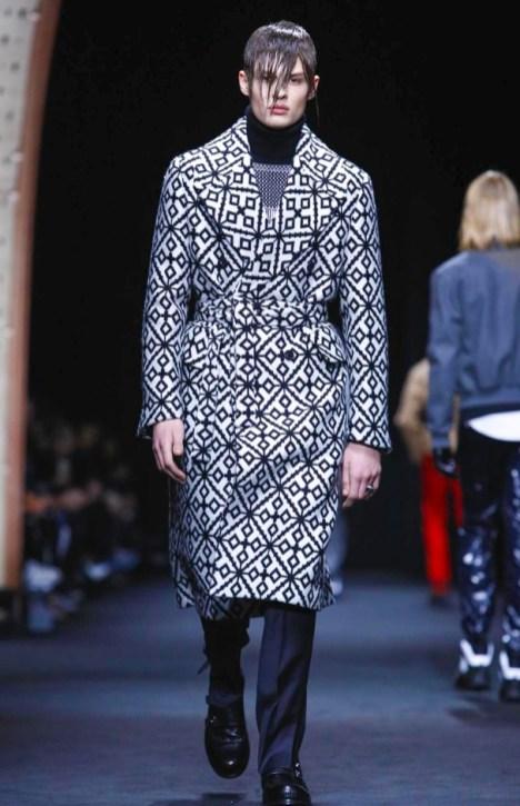 versace-menswear-fall-winter-2017-milan13