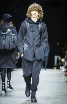 y-3-menswear-fall-winter-2017-paris17