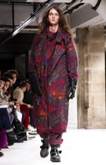 yohji-yamamoto-menswear-fall-winter-2017-paris10