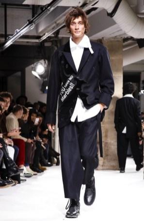 yohji-yamamoto-menswear-fall-winter-2017-paris21