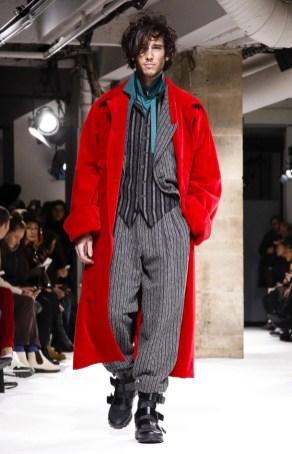 yohji-yamamoto-menswear-fall-winter-2017-paris34