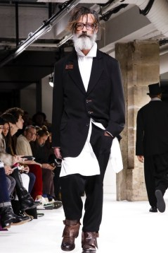 yohji-yamamoto-menswear-fall-winter-2017-paris9