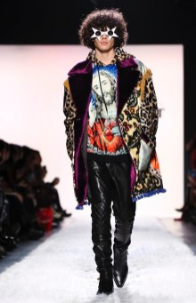 Jeremy Scott unveiled his Fall/Winter 2017 collection during New York Fashion Week.