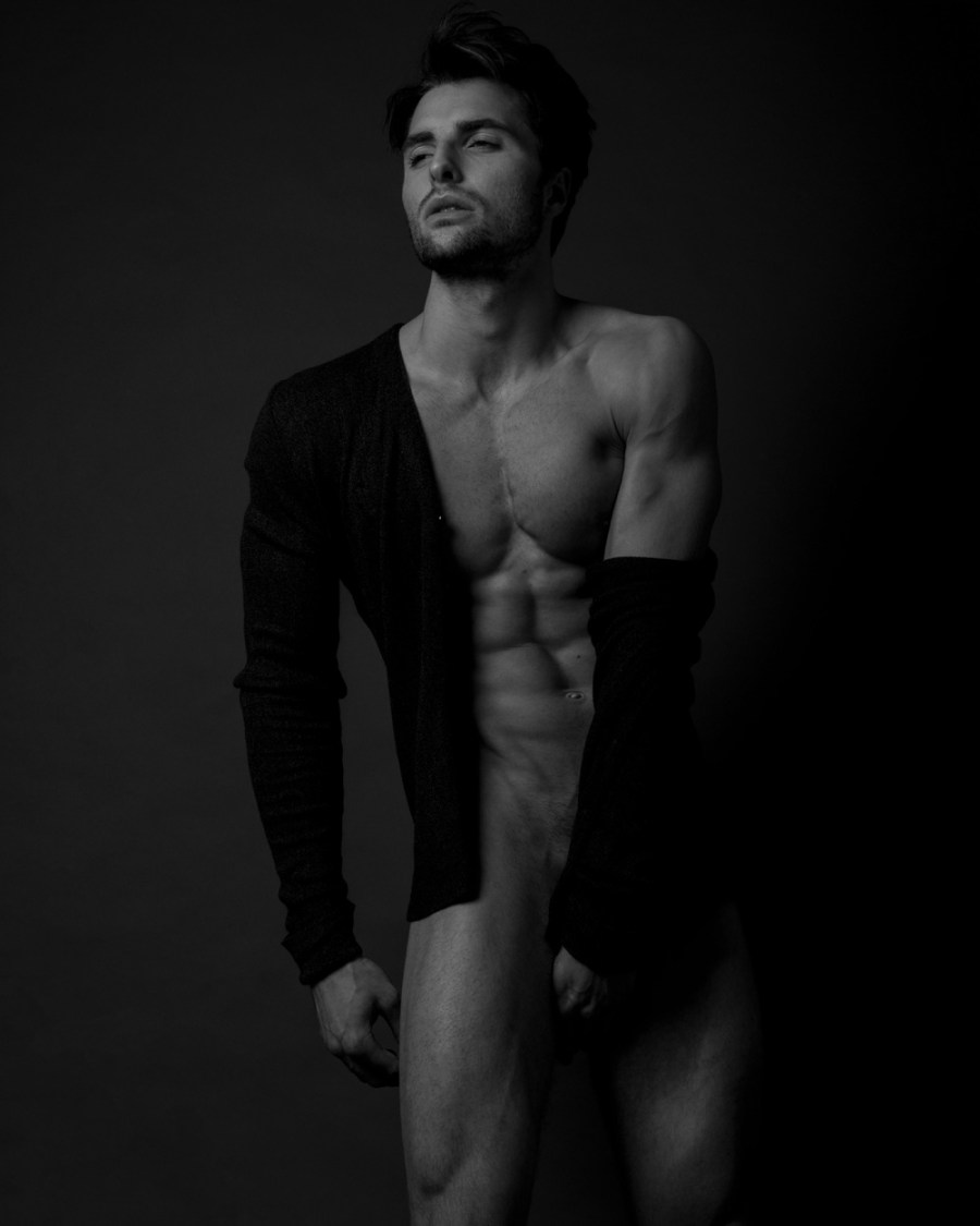 These pics show how beautiful, sexy and making a great team by male muse David Turner and photographer Joem C. Bayawa.