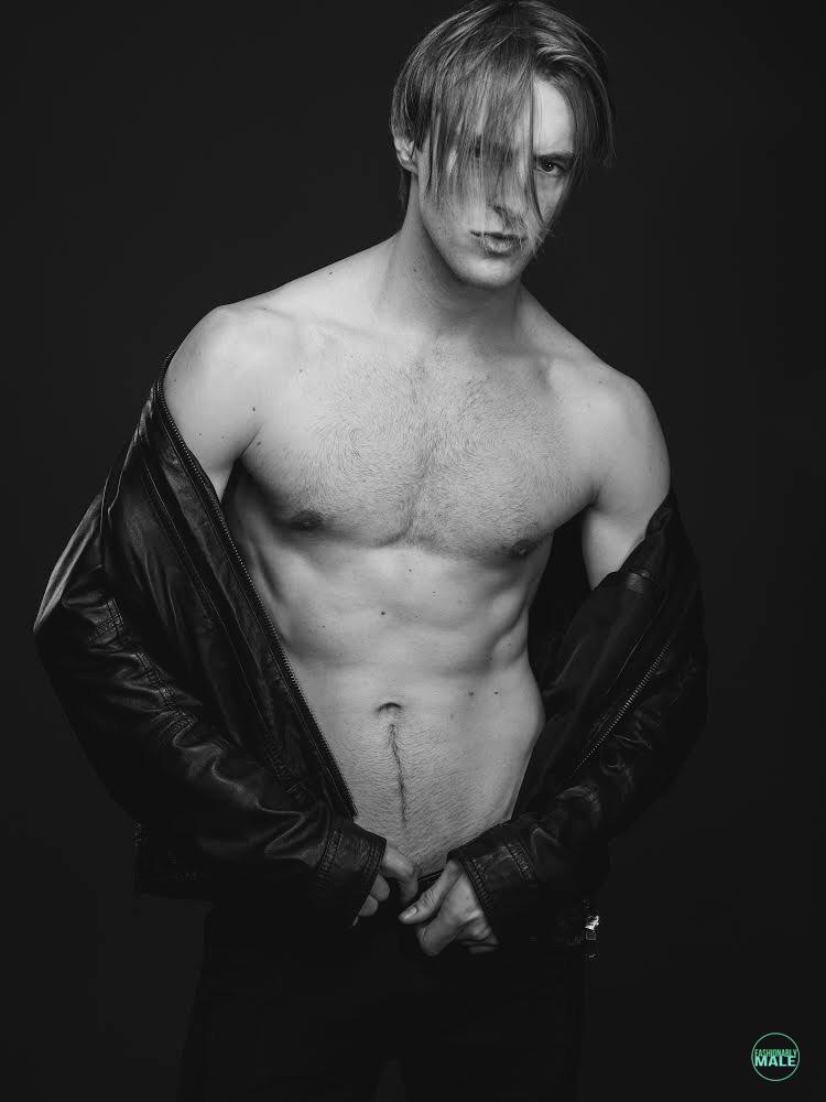 Andrew Kohagen by Rodolfo Martinez for Fashionably Male9
