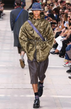 LOUIS VUITTON MENSWEAR SPRING SUMMER 2018 PARIS9