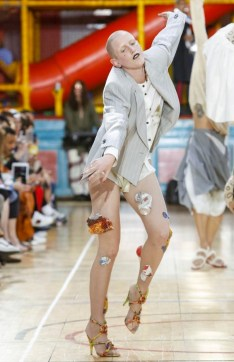 VIVIENNE WESTWOOD MEN & WOMEN SPRING SUMMER 2018 LONDON27