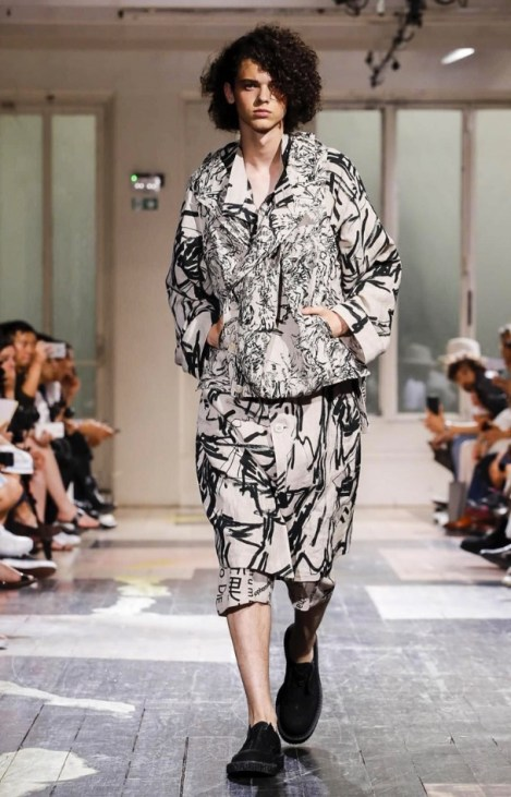 YOHJI YAMAMOTO MENSWEAR SPRING SUMMER 2018 PARIS14