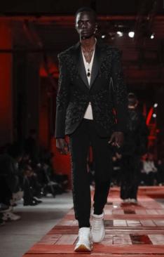 ALEXANDER MCQUEEN MENSWEAR FALL WINTER 2018 PARIS10