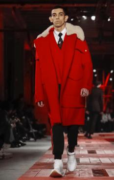 ALEXANDER MCQUEEN MENSWEAR FALL WINTER 2018 PARIS11