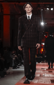ALEXANDER MCQUEEN MENSWEAR FALL WINTER 2018 PARIS29