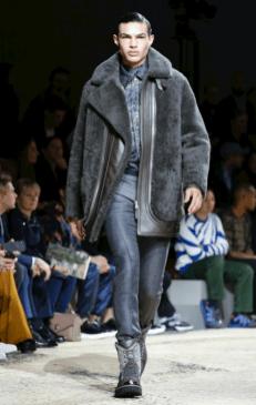 LOUIS VUITTON MENSWEAR FALL WINTER 2018 PARIS21