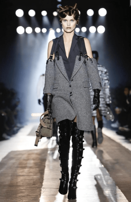 MOSCHINO FALL WINTER 2018 MENSWEAR AND WOMEN PRECOLLECTION MILAN18