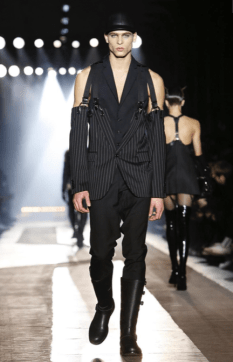 MOSCHINO FALL WINTER 2018 MENSWEAR AND WOMEN PRECOLLECTION MILAN46