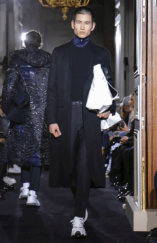 VALENTINO MENSWEAR FALL WINTER 2018 PARIS29
