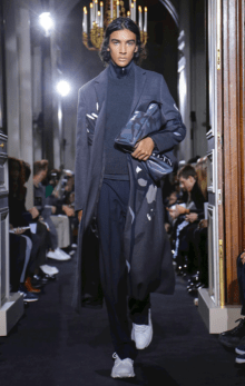 VALENTINO MENSWEAR FALL WINTER 2018 PARIS31