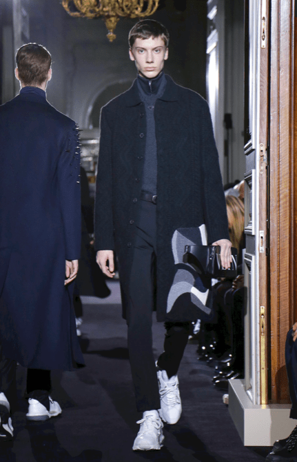 VALENTINO MENSWEAR FALL WINTER 2018 PARIS33