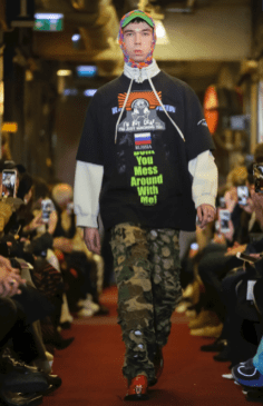 VETEMENTS MENSWEAR FALL WINTER 2018 PARIS48