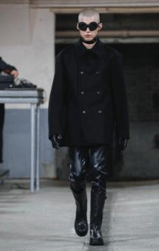 WALTER VAN BEIRENDONCK MENSWEAR FALL WINTER 2018 PARIS10