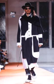 YOHJI YAMAMOTO MENSWEAR FALL WINTER 2018 PARIS17