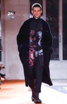 YOHJI YAMAMOTO MENSWEAR FALL WINTER 2018 PARIS5
