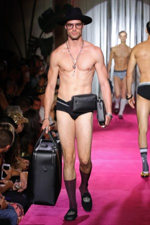 Dolce & Gabbana Naked King Secret Spring Summer 2019 Milan32