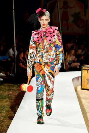 Moschino Menswear Spring Summer 2019 & Women's Resort Los Angeles44