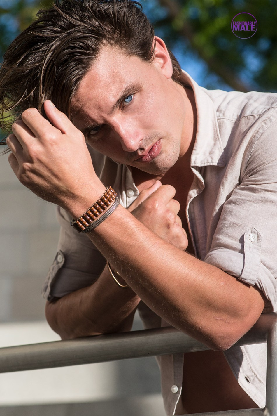 We're here with L.A. Model & Actor Robert MacEwen portrayed by Walter Tabayoyong