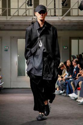 Yohji Yamamoto Menswear Spring Summer 2019 Paris11