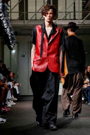Yohji Yamamoto Menswear Spring Summer 2019 Paris20