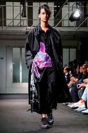 Yohji Yamamoto Menswear Spring Summer 2019 Paris26