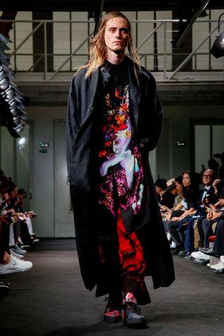 Yohji Yamamoto Menswear Spring Summer 2019 Paris38