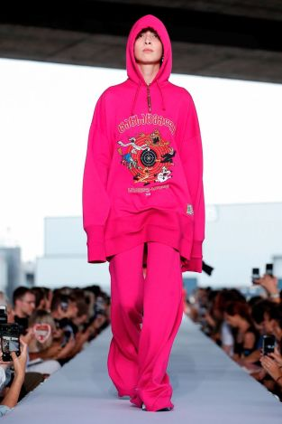 Vetements Ready To Wear Spring Summer 2019 Paris1