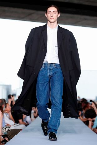 Vetements Ready To Wear Spring Summer 2019 Paris57