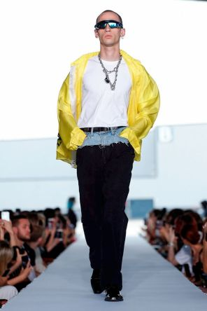 Vetements Ready To Wear Spring Summer 2019 Paris72