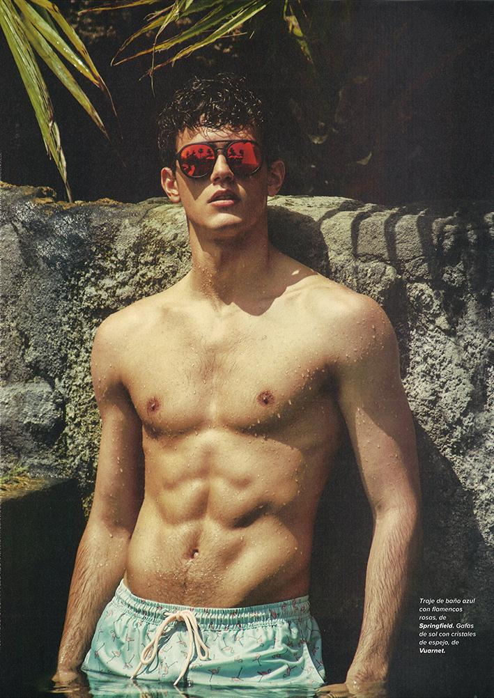 Top Model Xavier Serrano for Código Único Magazine